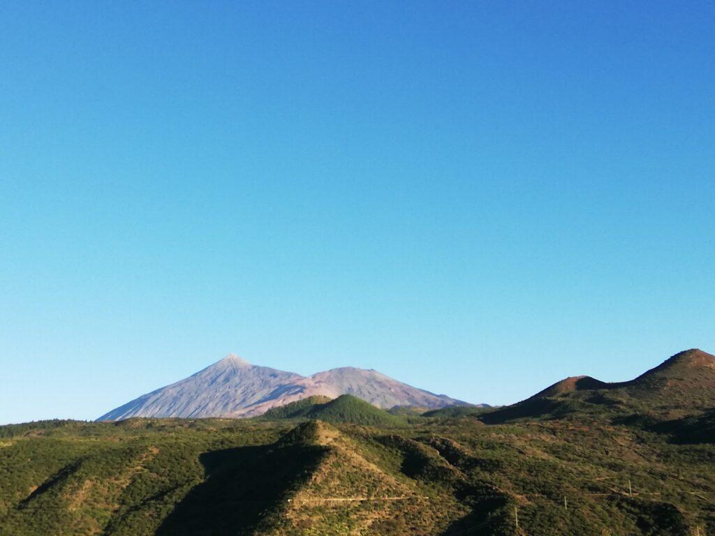 geniet van dit landschap tijdens je luxe vakantie op Tenerife